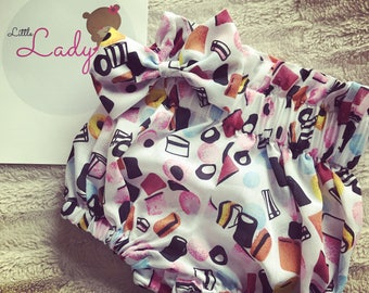 Liqorice allsort sweet bloomers and bow set