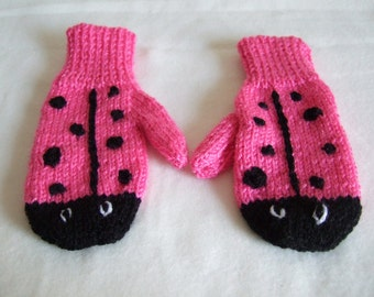 Hand knitted Girls Novelty Pink Ladybug, Pink Ladybird Mittens Gloves To fit approx 3-5 year old. Christmas Gift. Girls warm Winter Mittens
