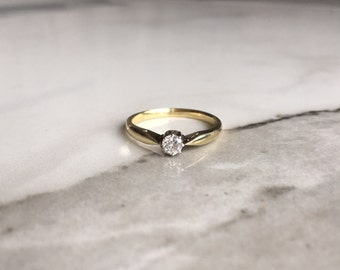 14ct gold victorian brilliant cut diamond solitaire ring of approximately size N-O.
