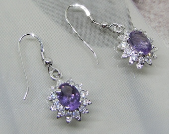 Silver 925 earrings decorated with natural amethysts