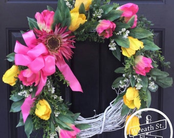 Tulip Wreath, Yellow Pink Wreath, Front Door Wreath, Wreath Street Floral, Grapevine Wreath, Wreath, Spring Wreath