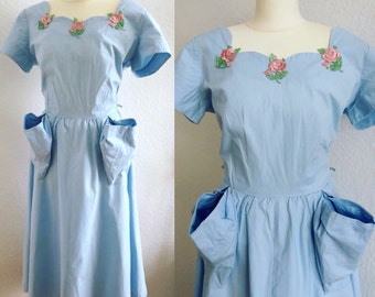 Vintage cotton baby blue 50s day dress w oversized pockets by Betty Barclay - SWIRL style 1950s dress with embroidered roses 28 waist