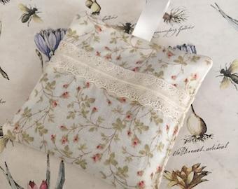 Lavender sachet drawer freshener, lavender pouch, drawer freshener, lavender air freshener, drawer freshener