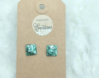 Square resin stud earrings