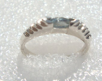 Vintage  Signed D in Diamond Sterling Silver 925 Stacked Marquise Blue Topaz Ring 5201734