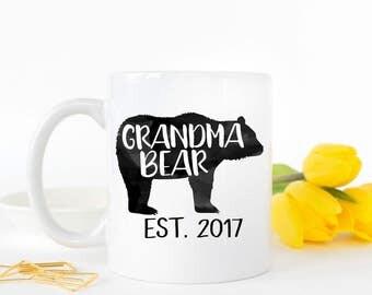 Grandma Bear, Grandma To Be, New Grandma Gift, Gifts for Grandma, Pregnancy Reveal, New Grandparents Gift, Baby Announcement, Coffee Mug