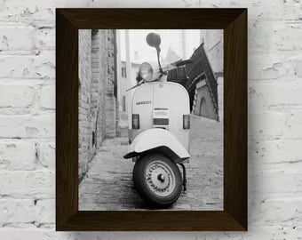 vespa print, black and white photo, vintage scooter wall art, vespa modern poster, wall art prints, vespa artwork, instant digital download