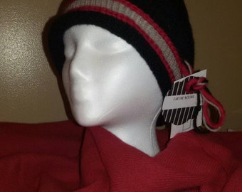 Youth or small adult black with slate and red brim skull cap