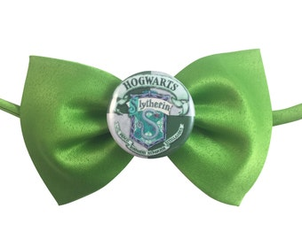 Harry Potter Hogwarts Slytherin Adjustable Bow Tie - Fits all sizes from pets to adults!