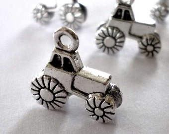 Silver Tone Metal Tractor Charms - Pack of Five - H275