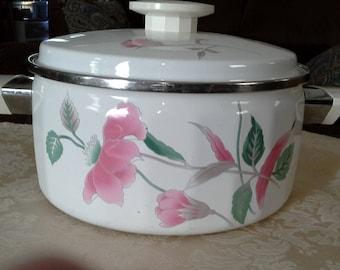 Silk Flowers metal cookware - 3 qt? 2-handled pan w/lid
