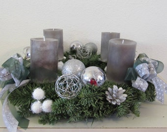 Advent wreath in silver
