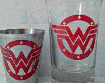 Wonder Woman Comic Shotglass Glass and Stainless Steel