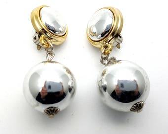 Clip On Simple Silver Tone Globe Ball Plastic Drop Earring Beaded Classy Earrings Vintage 80s Carved Lightweight Dangle Modern Industrial