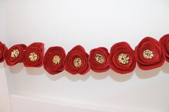 Christmas Poppy Felt Flower Garland, Rose Felt Garland, Nursery Decor, Baby Girl Shower Flower Decor, Wedding Decor