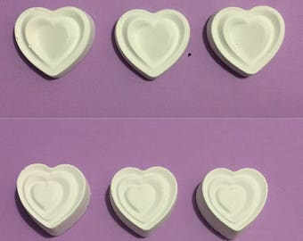 set of 12 heart shaped crayons