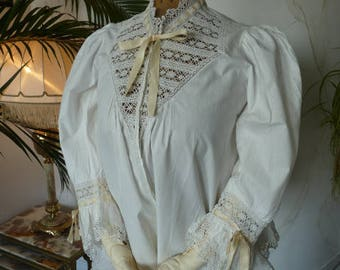 1902 Bed Jacket, antique lingerie, antique camisole, antike Bett-Jacke, antike Unterwäsche