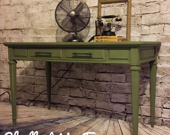 Side table/desk/sofa table