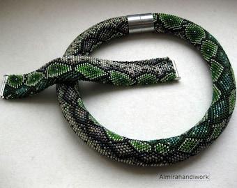 Necklace and beaded bracelet Green snake