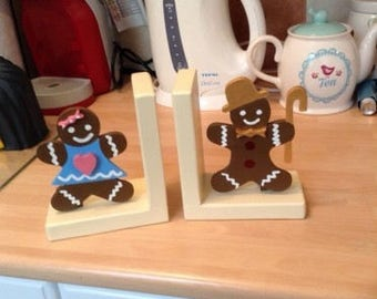 mr and mrs gingerbread kitchen cook book bookends