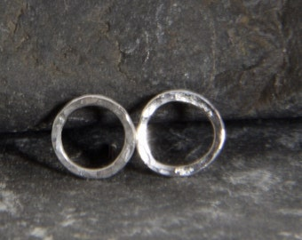 Hammered circle, sterling silver stud earring - handmade in Cornwall