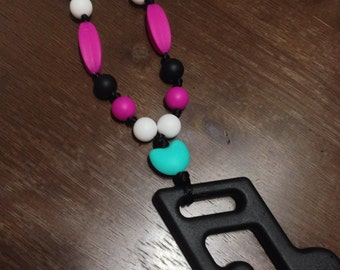 Nursing and teething necklace for mom