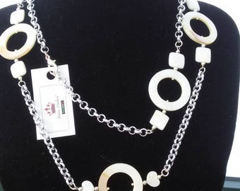 Necklace/belt cozily in silver and precious mother of Pearl White inserts.