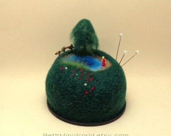 Miniature landscape scene with lake 1/150 scale-Diorama home decoration-Needle felted wool-Original Pincushion-Nice gift-READY TO SHIP