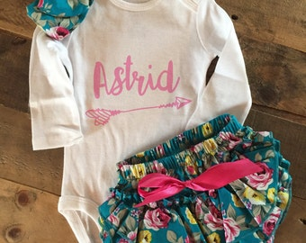 coming home outfit, girl coming home outfit, custom baby name outfit, baby shower gift, custom name onesie, girl custom name