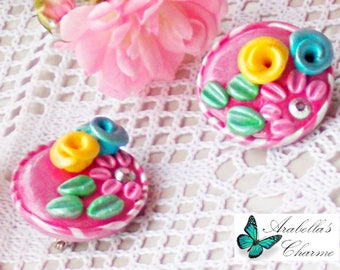 Pair of friendship brooches with flowers made in polymer clay best friend jewelry