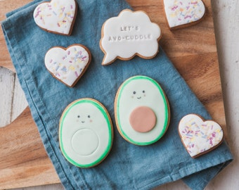 Avocado and Hearts Biscuit Gift Set (Medium) - Avo Cookie Gift Box - Anniversary Foodie Gifts - Avo-Cuddle Biscuits