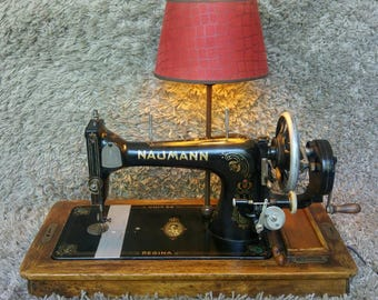 One of a Kind   Naumann Regina Antique Sewing Machine 1930   40 Years Queen Wilhelmina of the Netherlands   Table Lamp Lighting   FREE Ship*