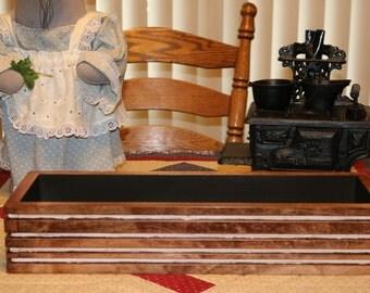 Bottom of the cabin wood decorative table display box with three mason jars
