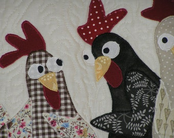 Quilted wall hanging, the goshiping hens