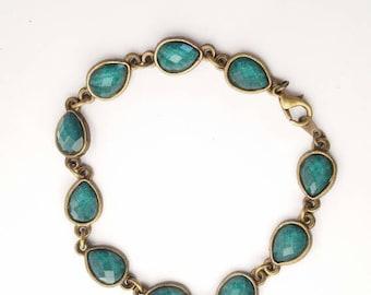 Emerald stone and bronze bracelet