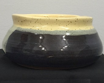 Yellow lipped bowl