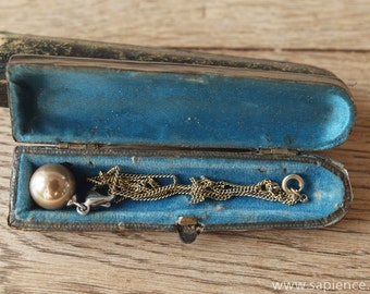 Little antique leather jewellery box with French blue silk and velvet lining