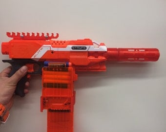 Nerf barrel extension for twist lock nerf guns