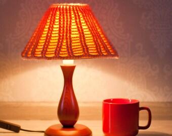 Knit cozy Lamp shade. Knitted Lamp shade. Peach Lamp shade. Lamp shade Décor