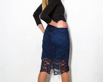 Skirt with  guipure