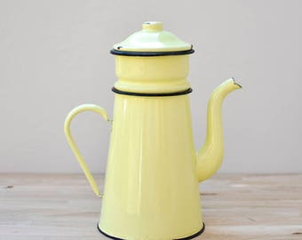 French Enamel Coffee Pot, French Vintage, French Enamelware, French Coffee Pot, Enamel, Coffee Pot, Enamelware, Yellow coffee pot