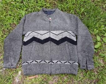 vintage DONEGAL sweater/sweatshirt/knitwear  under license by CAMPUS U.S.A