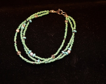 Multi-strand lime green with light blue - large