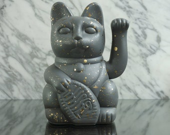 Maneki Neko / Lucky Cat / Waving Cat in 2 Sizes – Grey/Gold Speckle