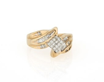14K Yellow Gold & Sparkling 1.00 CTW Invisibly Set Princess Cut Diamond Ring - 3.7 Grams