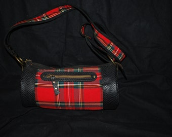 Sling bag cylinder leather and Scots
