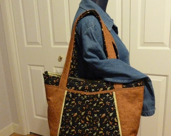 Zippered carry-all with pockets inside and out