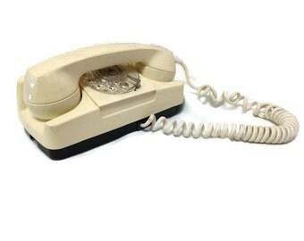 Vintage Beige Princess Rotary Phone