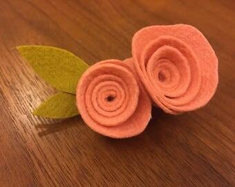 Felt Flowers hair clips, Pink felt Rosies hair pin, illyilly10