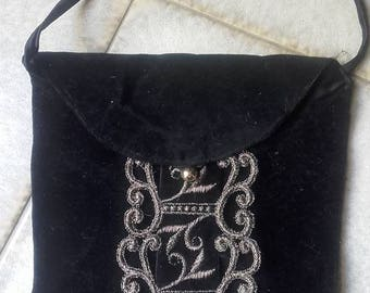 Small bag velvet and vintage application